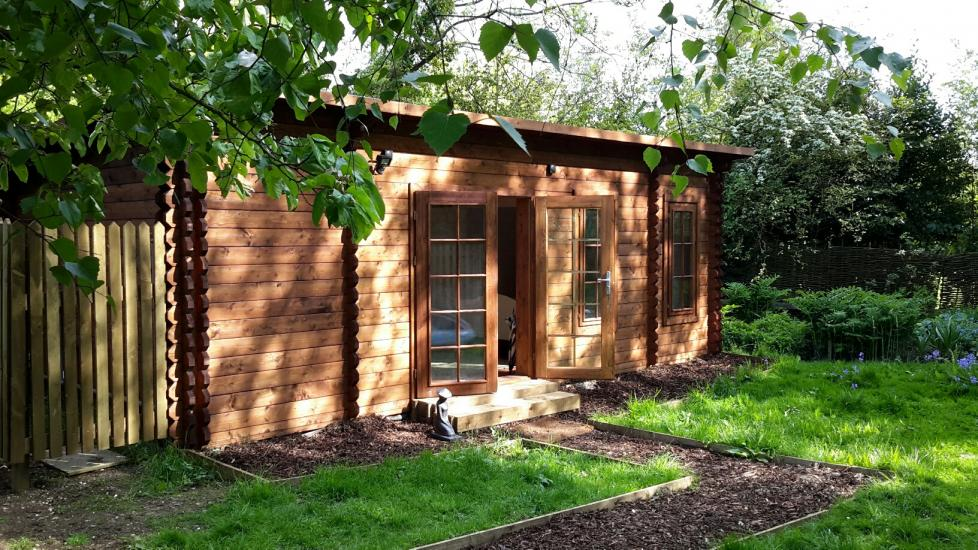 Self contained Garden Annex